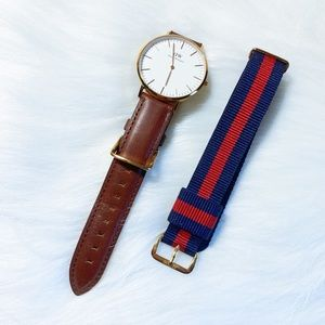 Daniel Wellington watch with two watch bands